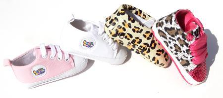 Hullabaloo Shoes Goes Live On-Line!