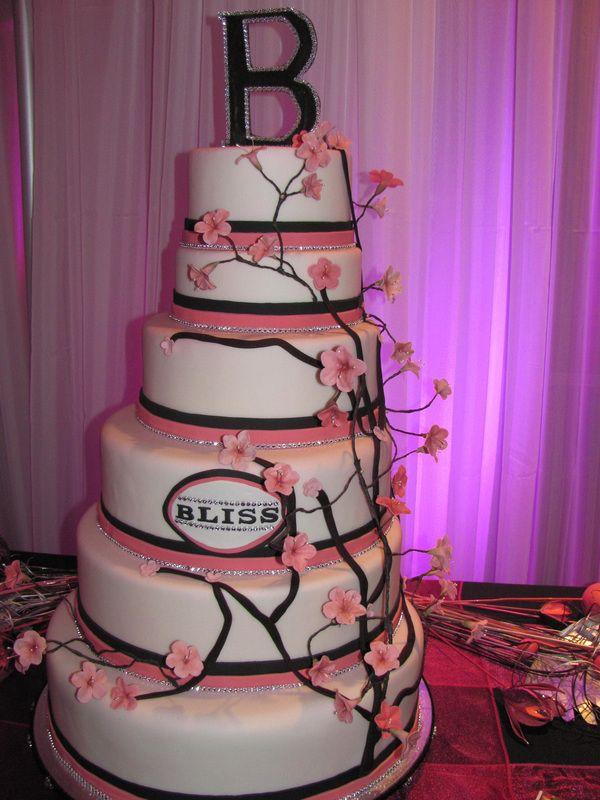 Forever Cakes – The Provider of Special Delectable Wedding Cakes and Birthday Cakes Calgary