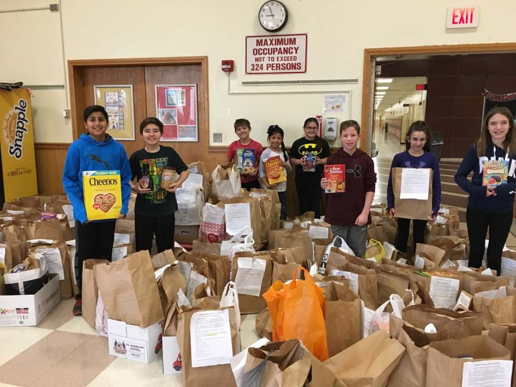 Island Trees School District Hosts Food Drive for EAC Network