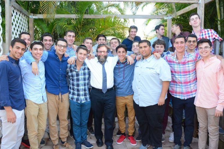 Katz Yeshiva High School of South Florida Hosts 100 Students at Engineering Event in Boca Raton