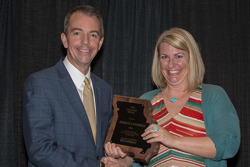 Rebecca Gubbels, UMKC SBTDC, named 2017 Missouri State Star