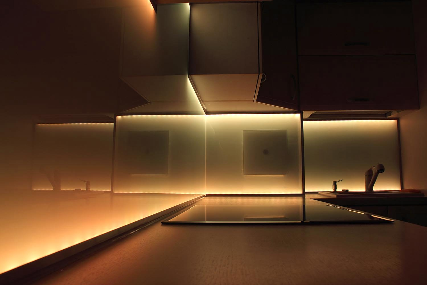 Ellumiglow Launches Wavelux and Auralux LED Strip Lights