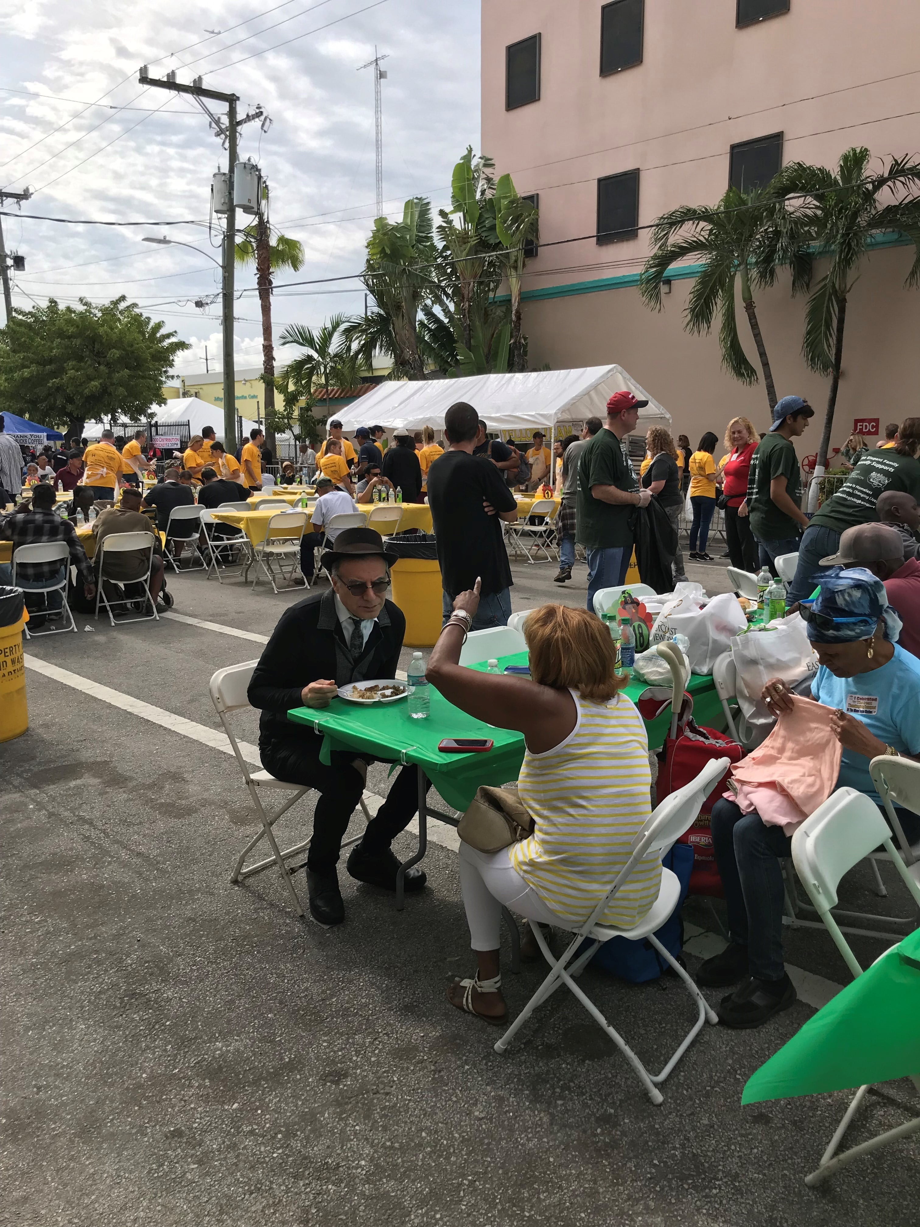 Heal the Earth Through the Arts Foundation Hosts Its Second Annual Thanksgiving at Miami Rescue Mission