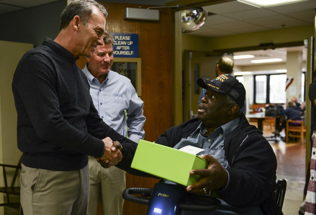 Andersen Corporation Delivers Cheer to Veterans With Cheeriodicals