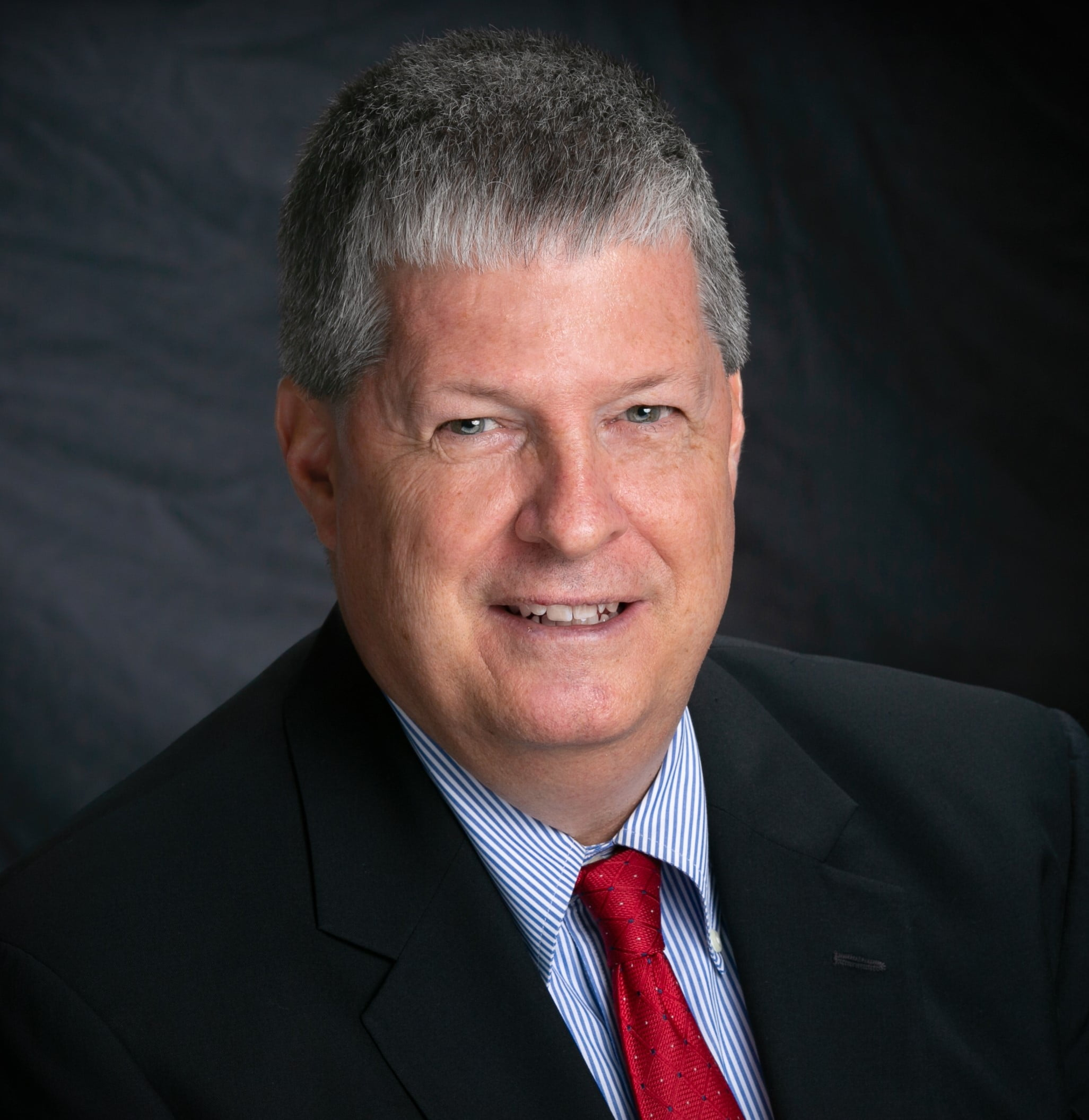 Brad Luttrell Joins Signature Bank as Senior Credit Officer