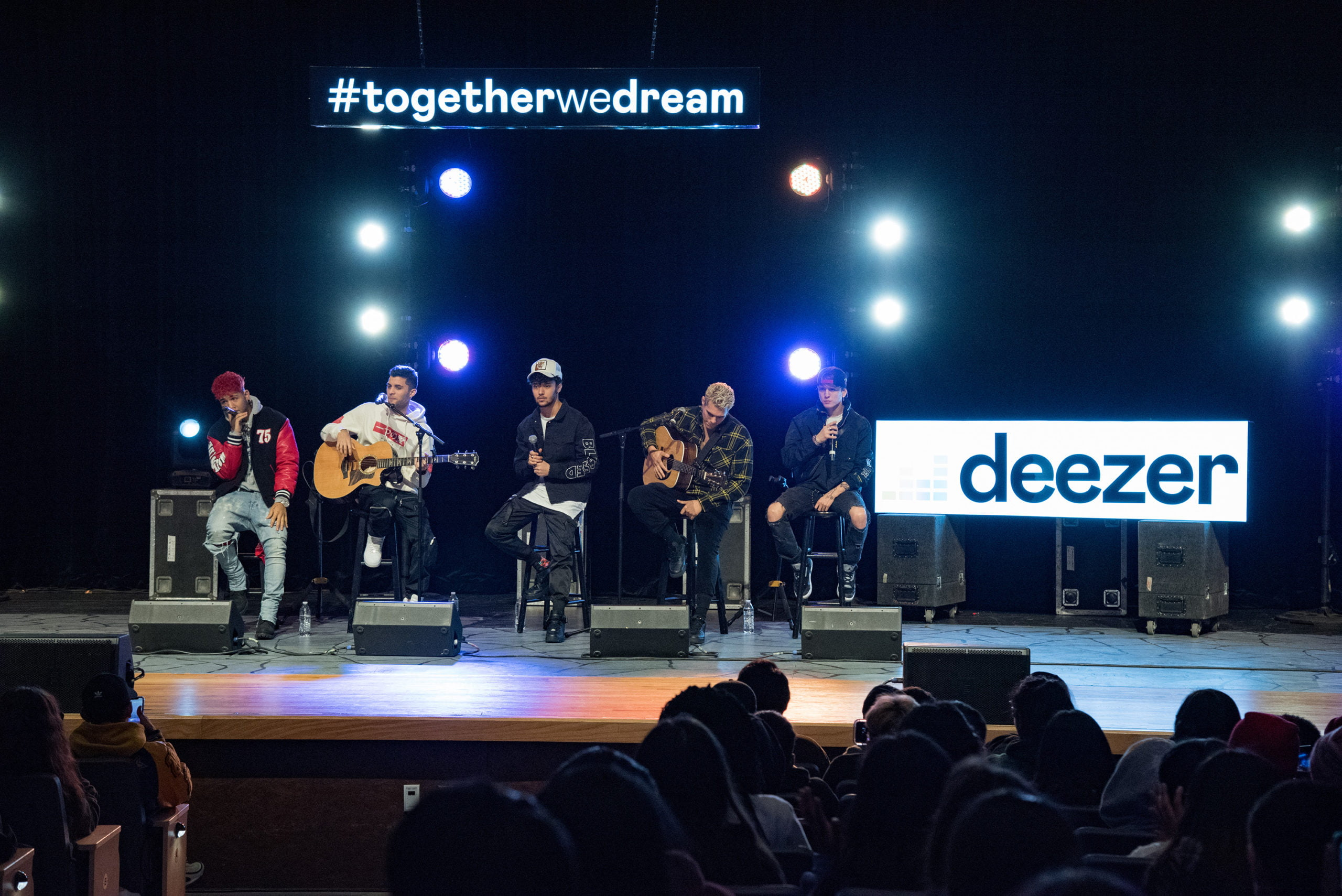 Deezer Surprises Houston High School With Live Performance by Top-Charting Latin Band CNCO