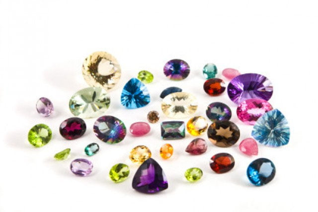 Know about the most popular gems used in pendants