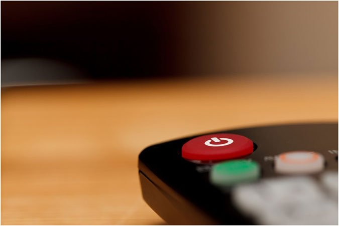 UK iGaming firms cease TV and radio advertising