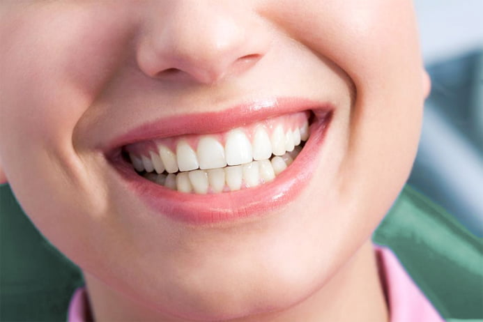 4 Ways to Keep Your Teeth and Gums Healthy