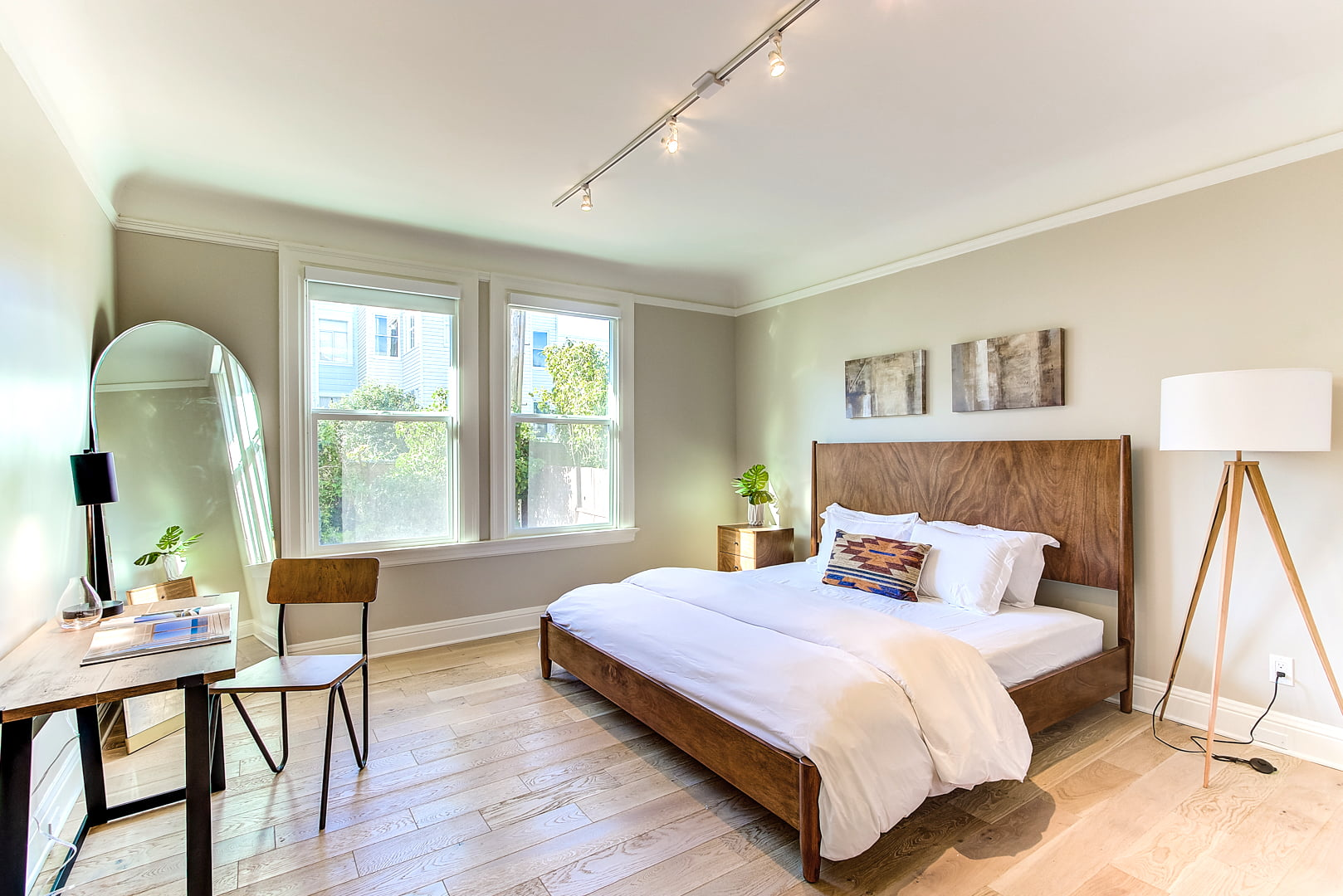 Anyplace and Rentals United Partner as the Only Worldwide Housing Marketplace Optimized for Mid- and Long-Term Stays