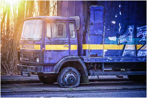 Truck Accidents Caused by Retread Tires and Other Tire Failures