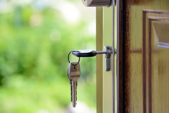 How Much Is a Locksmith to Unlock a Car: SureLockKey Review Is Here