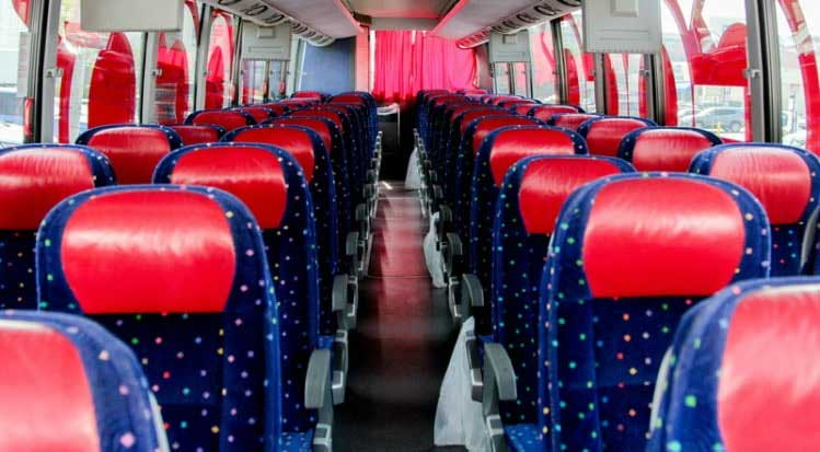 Ways to Offer Entertainment for Your Passengers on a Bus