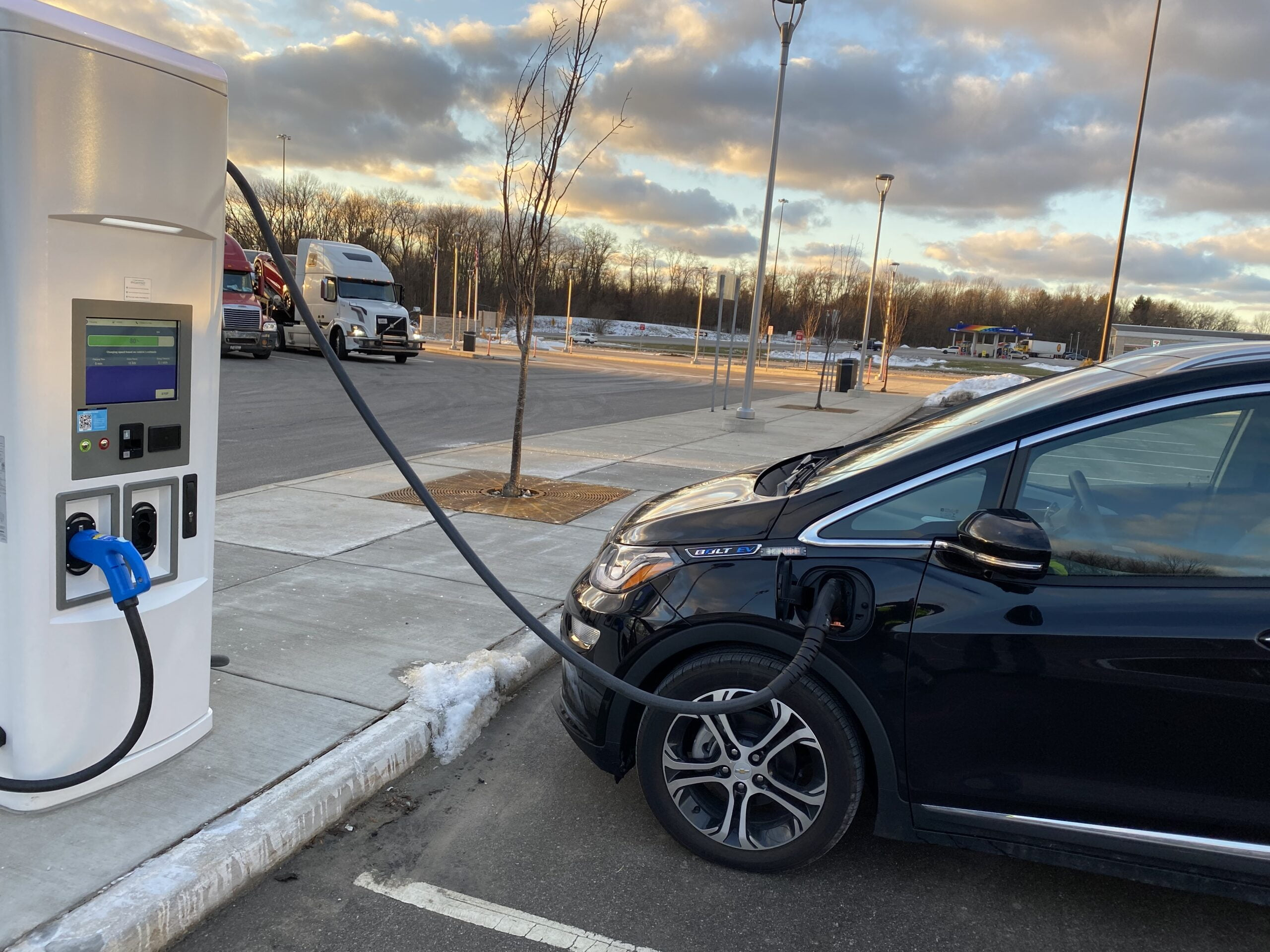 ITR Concession Company Unveils Electric Charging Stations on Indiana Toll Road