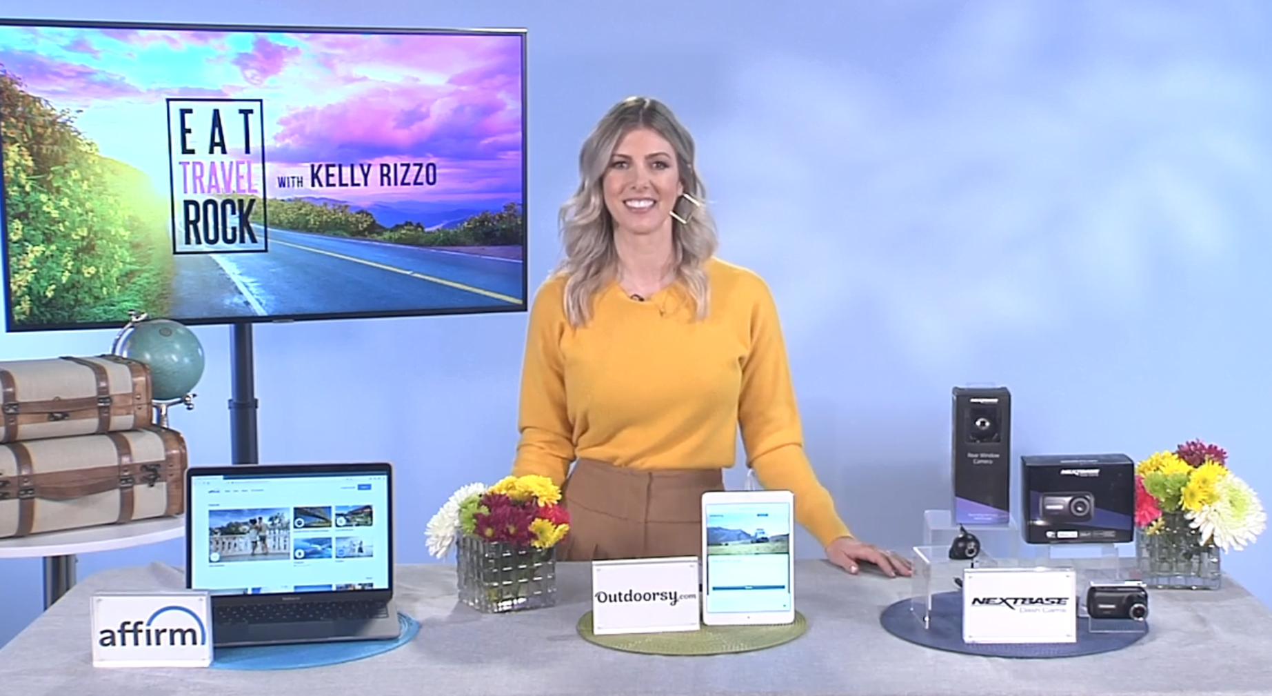 TV Host Kelly Rizzo Shares Spring Travel Tips With the TipsOnTV