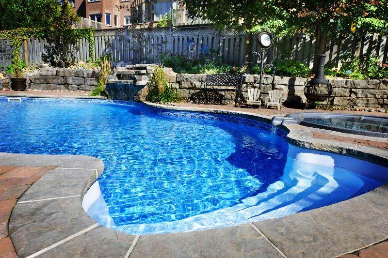 3 Things To Consider Before Putting A Pool In At Your House