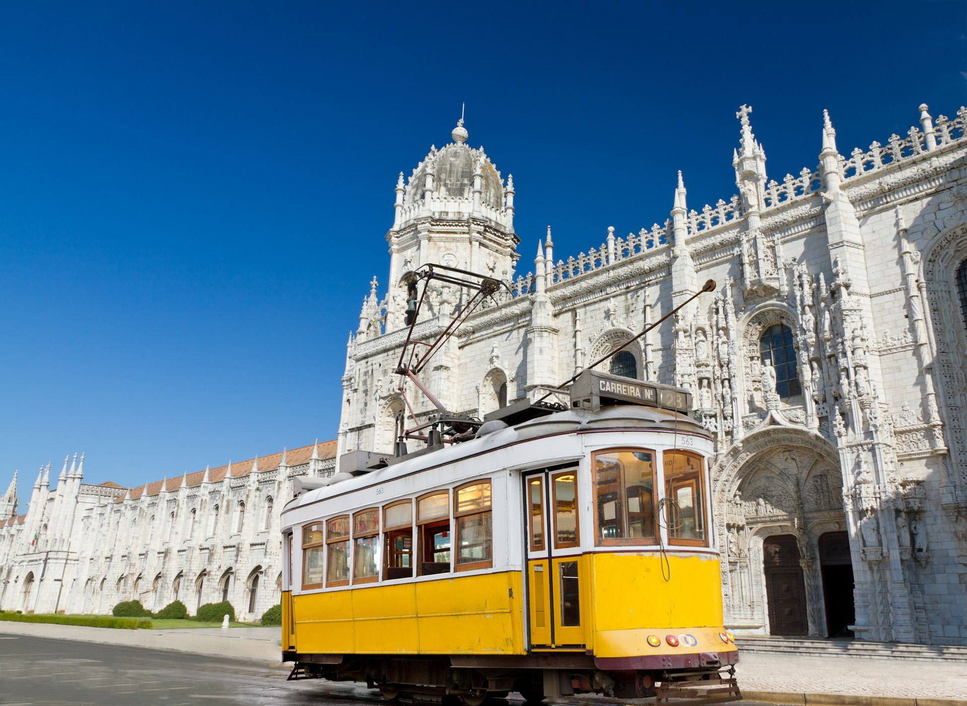 90 Percent of Portugal Golden Visas Issued in Q1 2021 Are Through Property Investment: Reviewed by Get Golden Visa