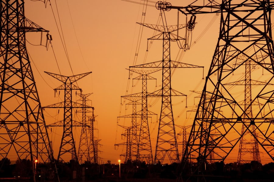 Top 4 Power Grid Problems and How to Combat Them