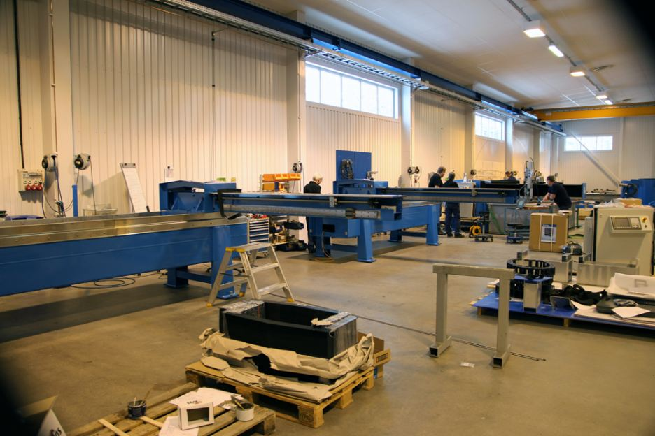 How Water Jet Sweden T-model manage to counteract the laws of physics
