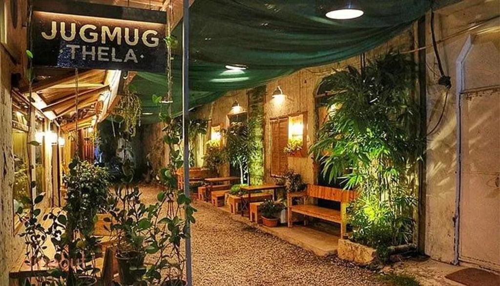 Jugmug Thela Cafe in Saidulajab Saket Delhi