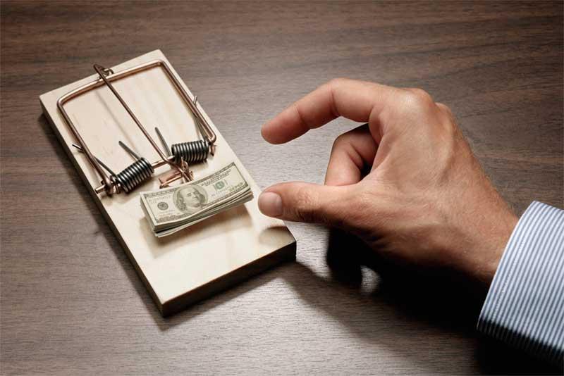 2 Ways to Save Money on Travel Expenses
