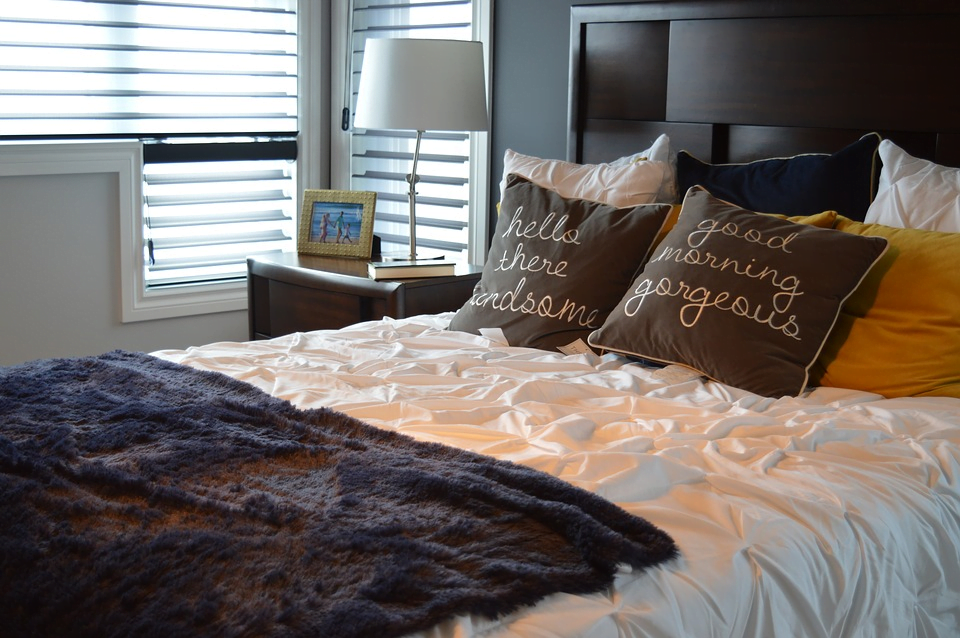 Bringing Home The New Bed: 5 Things To Consider In Buying A Mattress